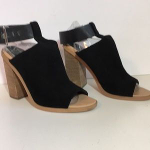 Marc Fisher Vashi Caged Sandals 8
